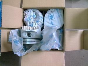供应斯柯达欧雅1.6汽车配件,活塞,活塞环,缸套等原厂配件