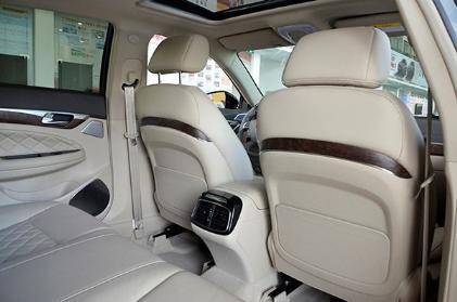 2016款 320T 豪华版[车厢座椅]